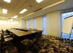 mercure-bucharest-city-center-meeting-room-04