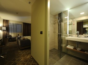 mercure-bucharest-city-center-twin-room-2-06